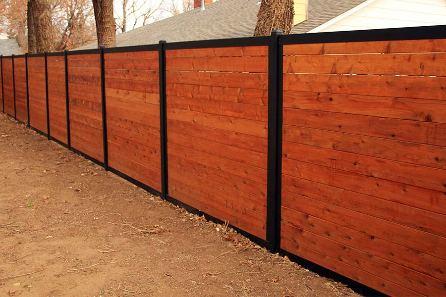 Horizontal Wood Fence With Metal Posts