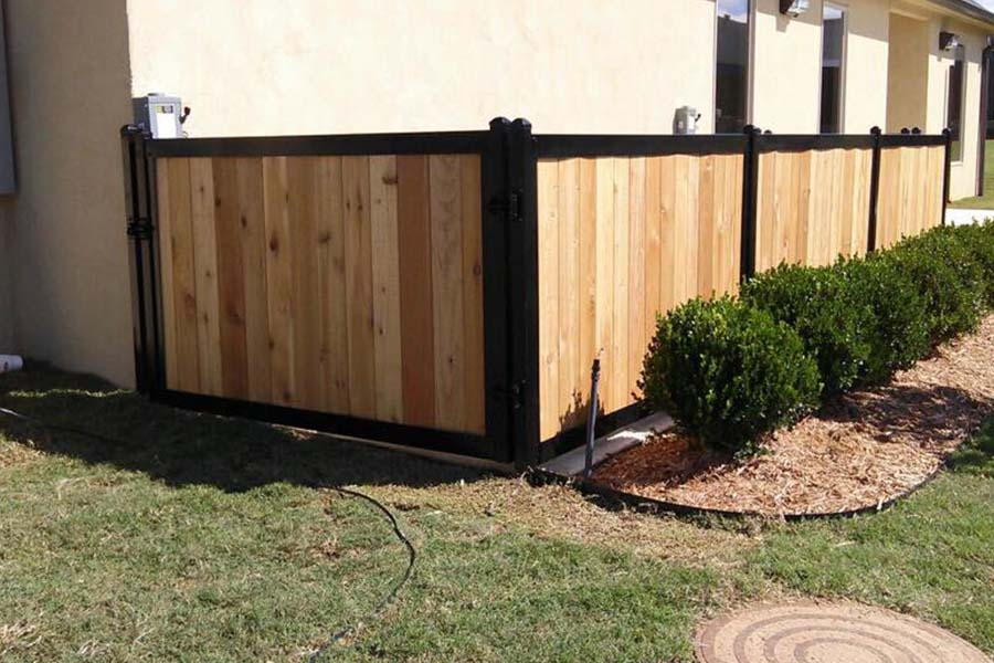 FenceTrac Residential Utility Enclosure Fence