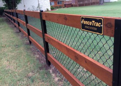 FenceTrac Ranch Rail Cedar & Chain Link Fence