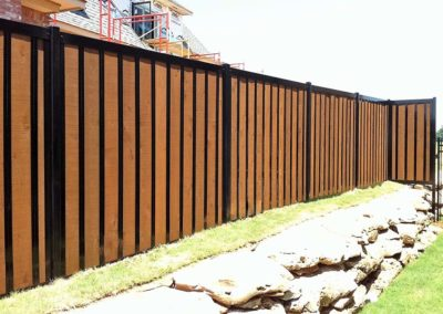 Residential Privacy Fence Wood & Metal Frame