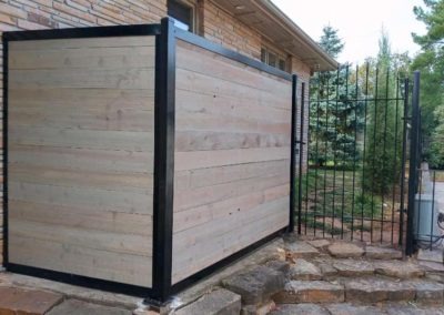 Horizontal Fence Mounted to Wall