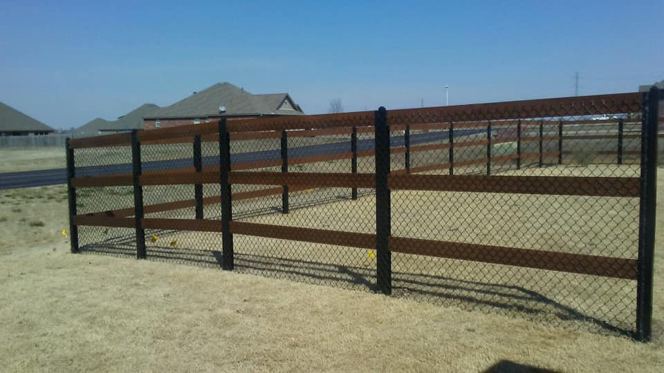 Wood & Chain Link Fence